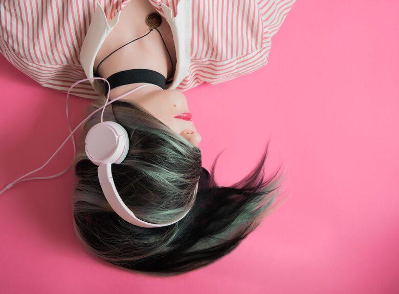 音楽を有効活用して自分のメンタルをコントロール!感情別で音楽を聴こう。