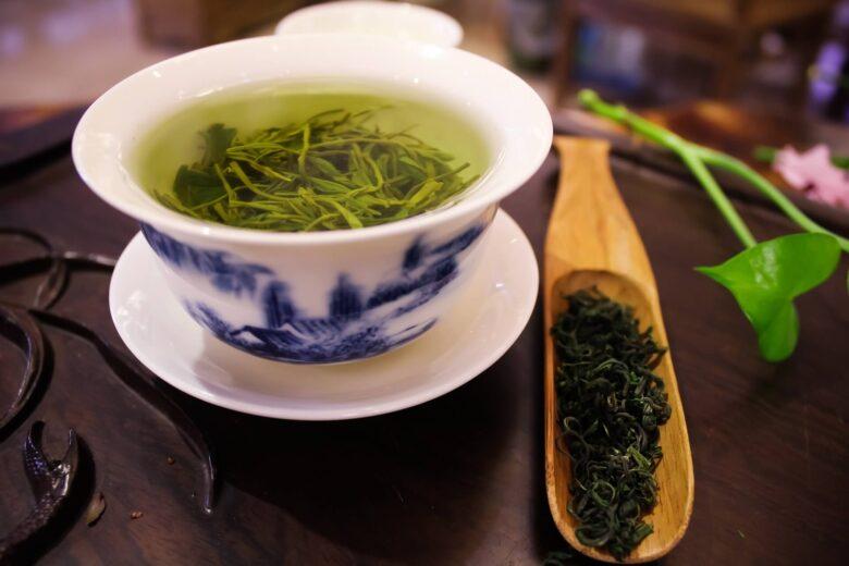 緑茶効果でストレス対策。緑茶はメンタルにいい!緑茶でウツ予防?