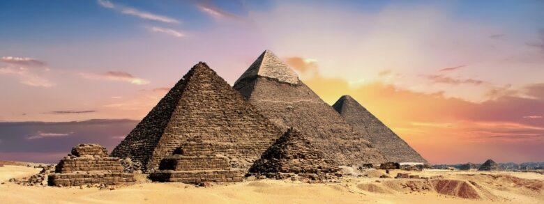 「とーとつにエジプト神」の可愛さを唐突に知ってうろたえ家に神様お招きした。