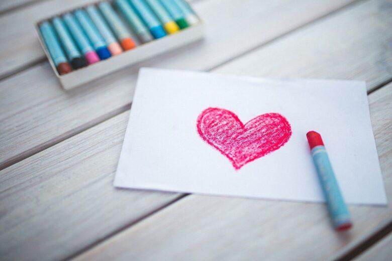 愛には6種類あり、愛の伝え方には5種類ある。愛って何なんだろうか?