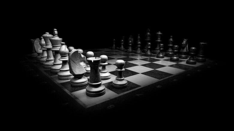 「応報戦略と主人と奴隷」やられたらやり返せ?協力はどう引き出す?